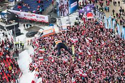 26.01.2020, Wielka Krokiew, Zakopane, POL, FIS Weltcup Skisprung, Zakopane, Herren, Wertungsdurchgang, im Bild Karl Geiger (GER) // Karl Geiger (GER) during his competition jump of FIS Ski Jumping world cup at the Wielka Krokiew in Zakopane, Poland on 2020/01/26. EXPA Pictures © 2020, PhotoCredit: EXPA/ Tadeusz Mieczynski