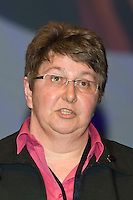 Helen Andrews, Executive, speaking at the NUT Conference 2008, Manchester...© Martin Jenkinson, tel 0114 258 6808 mobile 07831 189363 email martin@pressphotos.co.uk. Copyright Designs & Patents Act 1988, moral rights asserted credit required. No part of this photo to be stored, reproduced, manipulated or transmitted to third parties by any means without prior written permission   NUT08