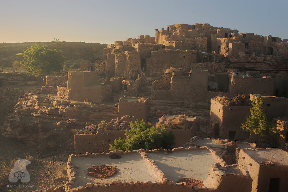 Village of Niongono at dusk, Dogon Country, Mali.