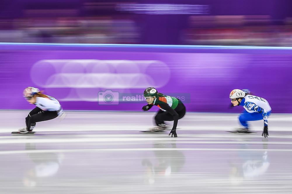 February 17, 2018 - Pyeongchang, Gangwon, South Korea - Sofia Prosvirnova of New Zealand and Petra Jaszapati of Hungary competing in 1500 meter speed skating for women at Gangneung Ice Arena, Gangneung, South Korea on 17 February 2018. (Credit Image: © Ulrik Pedersen/NurPhoto via ZUMA Press)