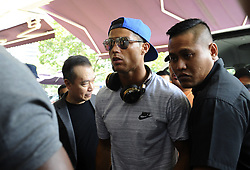 2017?7?21?.??????——?????????????..7?21??????????????????????????????????????????????????????7?22??23?????????.???? ??????..Real Madrid player Cristiano Ronaldo (C) arrives at the Thomson Medical Centre in Singapore on Jul 21, 2017. Today, Ronaldo visits Singapore businessman Peter Lim's daughter and her baby at the Thomson Medical Centre during his 1-day stopover, and will be visiting Shanghai and Beijing on Jul 22 and 23. .By Xinhua, Then Chih Wey..????????????2017?7?21? (Credit Image: © Then Chih Wey/Xinhua via ZUMA Wire)