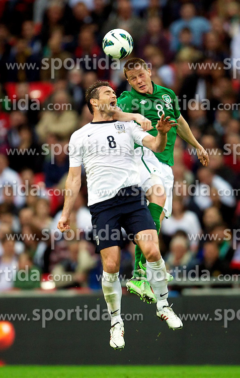 29.05.2013, Wembley Stadion, London, ENG, Testspiel, England vs Irland, im Bild England's Frank Lampard in action against Republic of Ireland's James McCarthy during during International Friendly Match between England and Republic of Ireland at the Wembley Stadium, London, United Kingdom on 2013/05/29. EXPA Pictures © 2013, PhotoCredit: EXPA/ Propagandaphoto/ David Rawcliffe..***** ATTENTION - OUT OF ENG, GBR, UK *****