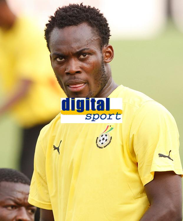 Photo: Steve Bond/Richard Lane Photography.<br /> Ghana v Guinea. Africa Cup of Nations. 20/01/2008. Michael Essien warms up