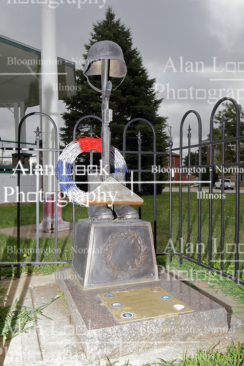McLean County Illinois monuments and landmarks<br /> <br /> The Fallen Soldier Battle Cross - a tribute memorial located in LeRoy Illinois on the square.  The memorial is a patriotic tribute to fallen soldiers.