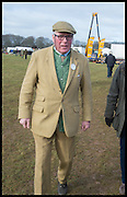 OLIVER LANSDALE, The Heythrop Hunt Point to Point. Cockle barrow. 25 January 2015