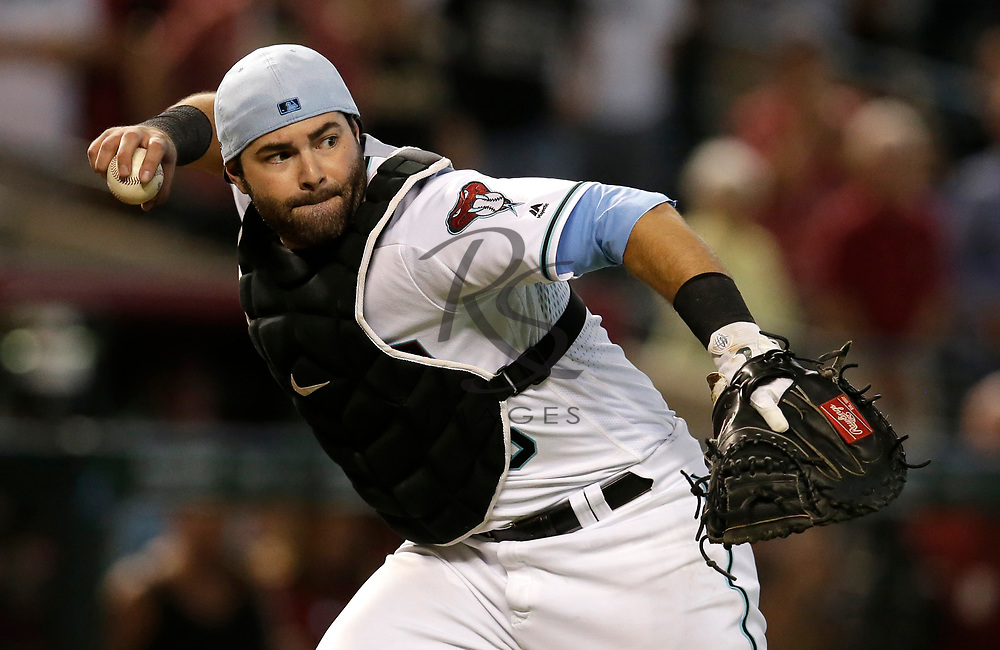 Arizona Diamondbacks catcher Alex Avila (5) in the first inning during a baseball game against the New York Mets, Sunday, June 17, 2018, in Phoenix. (AP Photo/Rick Scuteri)