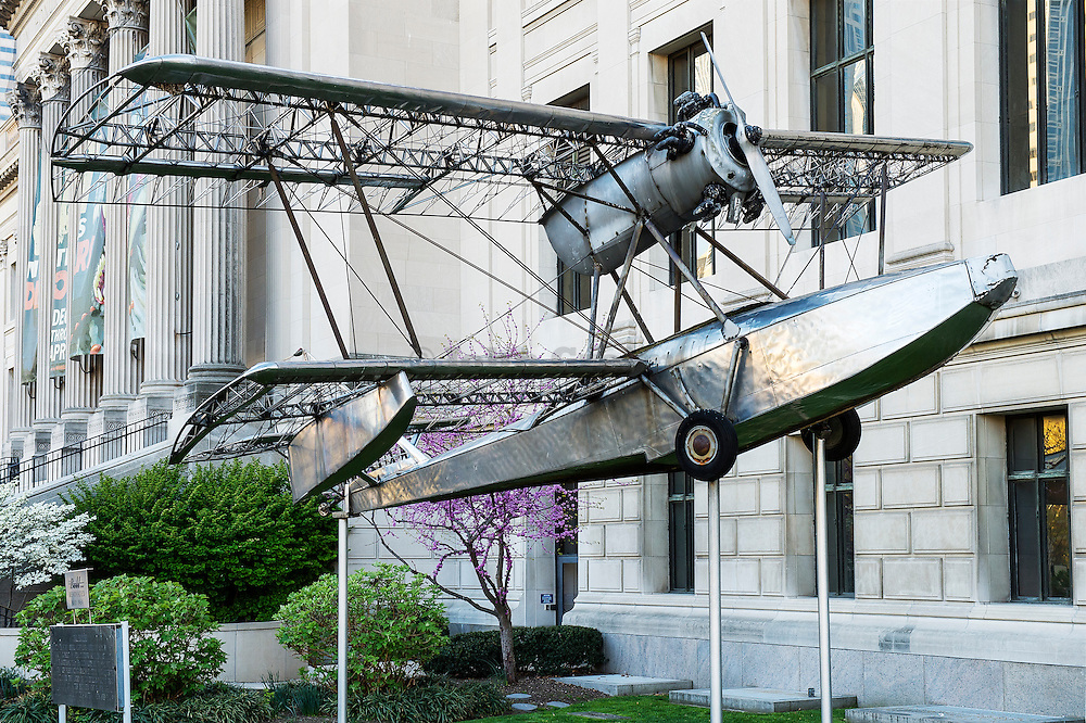 Budd BB-1 Pioneer at the front of the Franklin Institute, Philadelphia, Pennsylvania, USA