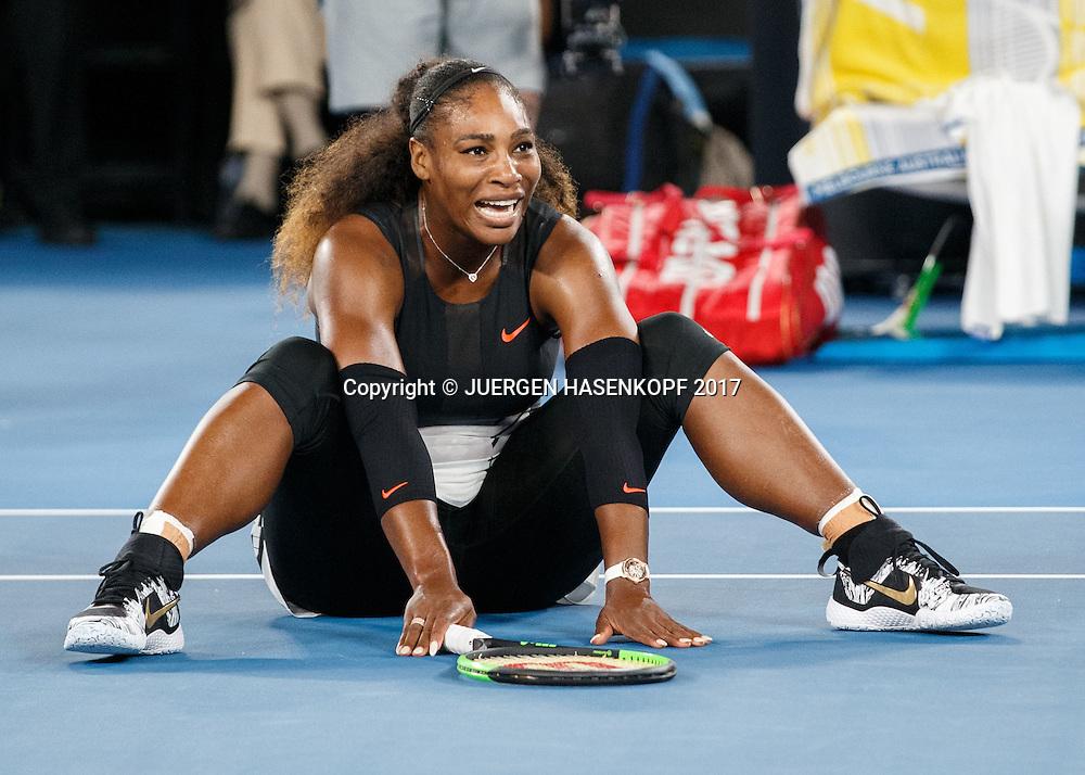 SERENA WILLIAMS (USA) laesst sich zu Boden fallen beim Matchball, Sieg,Freude,Jubel,<br /> <br /> Australian Open 2017 -  Melbourne  Park - Melbourne - Victoria - Australia  - 28/01/2017.