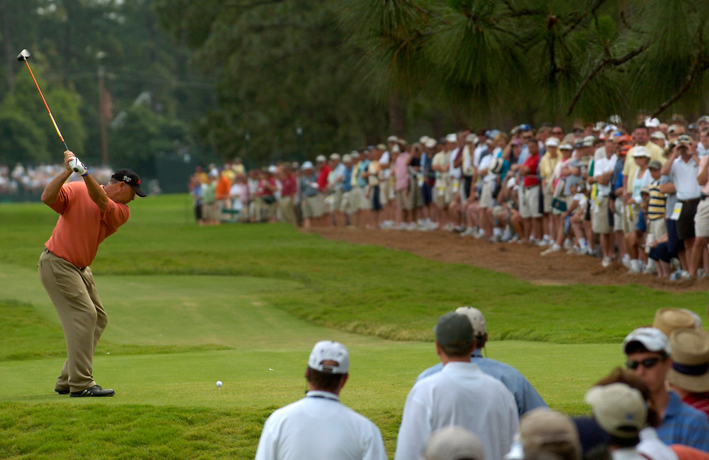 PINEHURST, NORTH CAROLINA - JUNE 17, 2005<br /> Tom LEHMAN during the 2nd Round of the 2005 U.S. Open Championship, held at Pinehurst No.2 in the Village of Pinehurst, North Carolina.