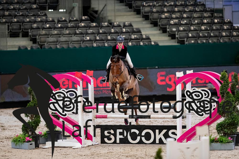 HAUPT Kim-Sarah (GER), Lemmy<br /> Leipzig - Partner Pferd 2019<br /> SPOOKS-Amateur Trophy<br /> Small Tour<br /> 18. Januar 2019<br /> © www.sportfotos-lafrentz.de/Stefan Lafrentz