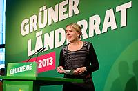DEU, Deutschland, Germany, Berlin, 28.09.2013:<br />L&auml;nderrat (Kleiner Parteitag) von B&Uuml;NDNIS 90/DIE GR&Uuml;NEN in den Uferstudios. Simone Peter, designierte neue Parteichefin von B&Uuml;NDNIS 90/DIE GR&Uuml;NEN, vor ihrem Redeauftritt.
