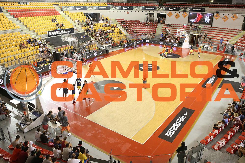DESCRIZIONE : Roma Lega A 2013-2014 Nike Pallacanestro La Virtus Roma incontra Kevin Durant<br /> GIOCATORE : palazzetto<br /> CATEGORIA : ritratto curiosita<br /> SQUADRA :<br /> EVENTO : Nike Pallacanestro La Virtus Roma incontra Kevin Durant<br /> GARA : <br /> DATA : 07/09/2013<br /> SPORT : Pallacanestro <br /> AUTORE : Agenzia Ciamillo-Castoria/M.Simoni<br /> Galleria : Lega Basket A 2013-2014  <br /> Fotonotizia : Roma Lega A 2013-2014 Nike Pallacanestro La Virtus Roma incontra Kevin Durant<br /> Predefinita :