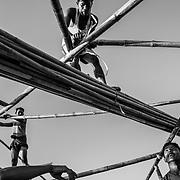 Rohingyas refugees are building a mosque in Twangkhali camp. Since the end of august 2017, the beginning of the crisis, more than 600,000 Rohingyas have fled Myanmar to seek refuge in Bangladesh. Cox's Bazar - 3 november 2017.<br /> Des r&eacute;fugi&eacute;s Rohingyas construisent une mosqu&eacute;e dans le Camp de Twangkhali. Depuis le d&eacute;but de la crise, fin ao&ucirc;t 2017, plus de 600000 Rohingyas ont fuit la Birmanie pour trouver refuge au Bangladesh. Cox's Bazar le 3 novembre 2017.