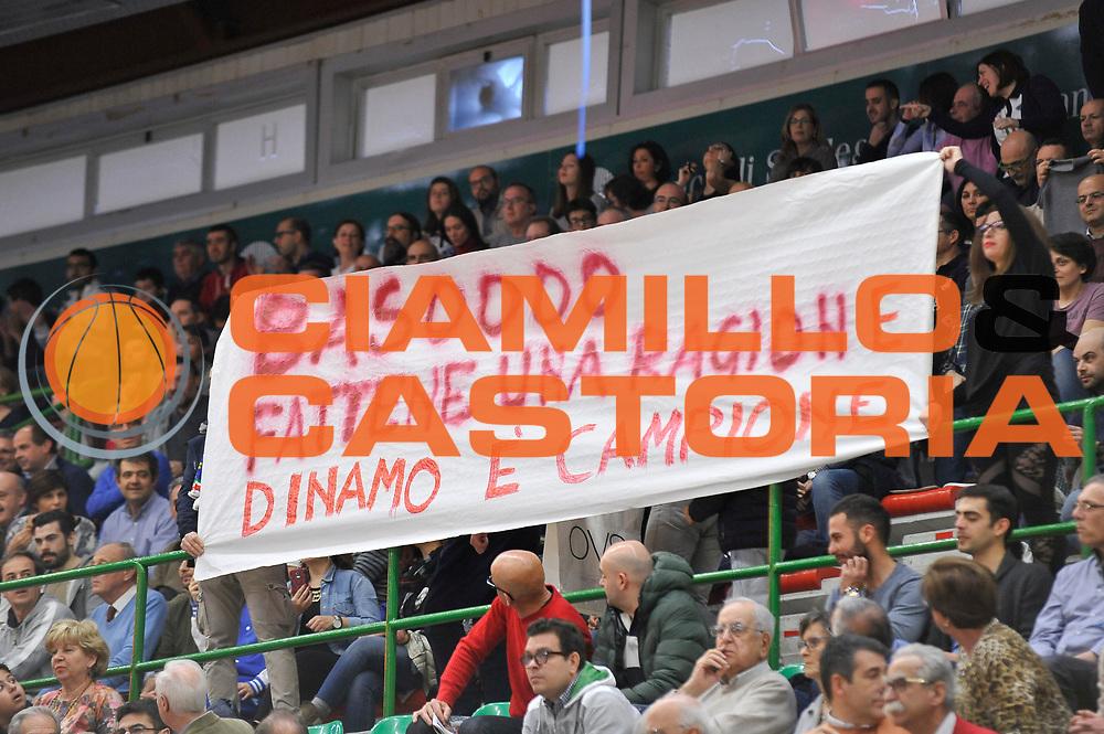 DESCRIZIONE : Beko Legabasket Serie A 2015- 2016 Dinamo Banco di Sardegna Sassari - Betaland Capo d'Orlando<br /> GIOCATORE : Pubblico Palaserradimigni<br /> CATEGORIA : Before Pregame Coreografia<br /> SQUADRA : Dinamo Banco di Sardegna Sassari<br /> EVENTO : Beko Legabasket Serie A 2015-2016<br /> GARA : Dinamo Banco di Sardegna Sassari - Betaland Capo d'Orlando<br /> DATA : 20/03/2016<br /> SPORT : Pallacanestro <br /> AUTORE : Agenzia Ciamillo-Castoria/C.Atzori