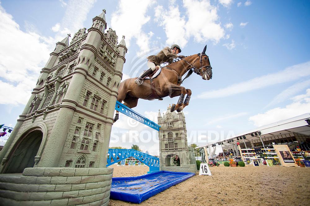 Alberto Zorzi (ITA) & Fair Light Van T Heike - Rolex Grand Prix - CSI5* Jumping - Royal Windsor Horse Show - Home Park, Windsor, United Kingdom - 14 May 2017