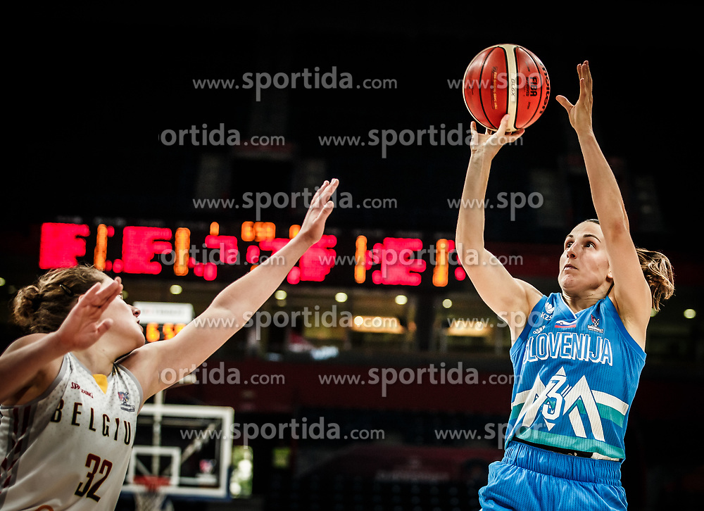 Heleen Nauwelaers of Belgium vs Teja Oblak of Slovenia during basketball match between Women National teams of Belgium and Slovenia in the Qualification for the Quarter-Finals of Women's Eurobasket 2019, on July 2, 2019 in Belgrade Arena, Belgrade, Serbia. Photo by Vid Ponikvar / Sportida