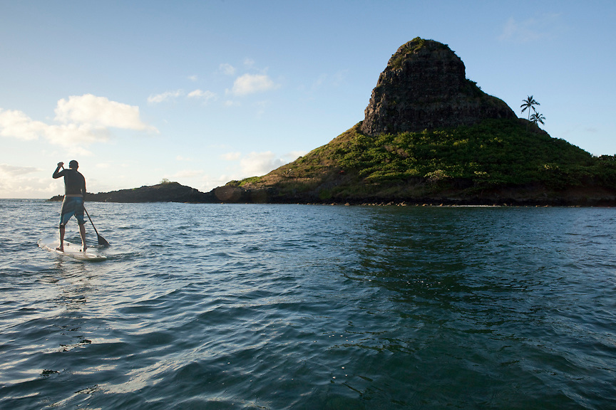 Kualoa and Mokolii Stand up paddle early morning