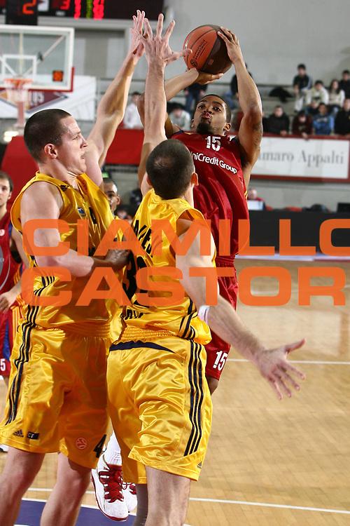 DESCRIZIONE : Roma Eurolega 2008-09 Lottomatica Virtus Roma Alba Berlino<br /> GIOCATORE : Allan Ray<br /> SQUADRA : Lottomatica Virtus Roma<br /> EVENTO : Eurolega 2008-2009<br /> GARA : Lottomatica Virtus Roma Alba Berlino<br /> DATA : 04/12/2008 <br /> CATEGORIA : tiro<br /> SPORT : Pallacanestro <br /> AUTORE : Agenzia Ciamillo-Castoria/E.Castoria<br /> Galleria : Eurolega 2008-2009 <br /> Fotonotizia : Roma Eurolega Euroleague 2008-09 Lottomatica Virtus Roma Alba Berlino<br /> Predefinita :