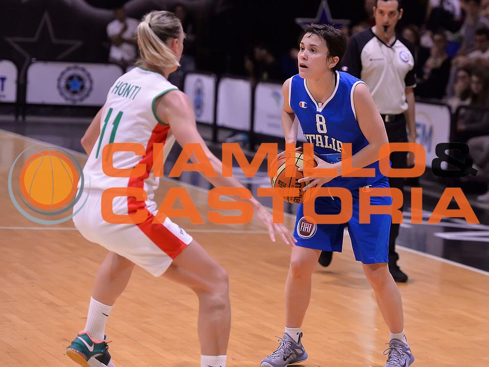 DESCRIZIONE : Roma Amichevole Pre Eurobasket 2015 Nazionale Italiana Femminile Senior Italia Ungheria Italy Hungary<br /> GIOCATORE : Giulia Gatti<br /> CATEGORIA : palleggio<br /> SQUADRA : Italia Italy<br /> EVENTO : Amichevole Pre Eurobasket 2015 Nazionale Italiana Femminile Senior<br /> GARA : Italia Ungheria Italy Hungary<br /> DATA : 15/05/2015<br /> SPORT : Pallacanestro<br /> AUTORE : Agenzia Ciamillo-Castoria/Max.Ceretti<br /> Galleria : Nazionale Italiana Femminile Senior<br /> Fotonotizia : Roma Amichevole Pre Eurobasket 2015 Nazionale Italiana Femminile Senior Italia Ungheria Italy Hungary<br /> Predefinita :