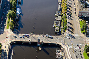 Nederland, Noord-Holland, Amsterdam, 27-09-2015; Berlagebrug over de Amstel, Amsterdam-Zuid<br /> Bridge crossing river Amstel.<br /> luchtfoto (toeslag op standard tarieven);<br /> aerial photo (additional fee required);<br /> copyright foto/photo Siebe Swart