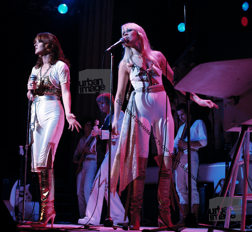 Abba Live at Wembley Arena - London 1975