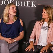 NLD/Amsterdam//20170509 - Boeklancering Dafne Schippers - Dafne Likes, Sanne Schippers en haar zus Dafne Schippers