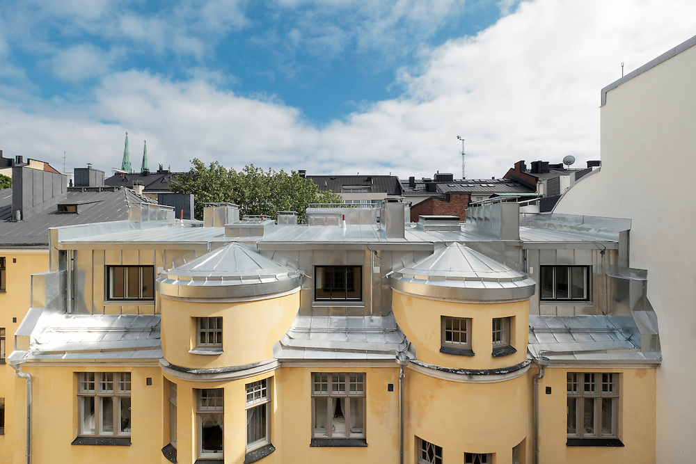 Loft apartments at Iso Roobertinkatu 26 in Helsinki, Finland designed by Verstas Architects.