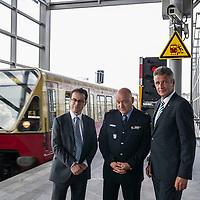 11 Pressekonferenz Videotechnik für 100 Berliner Bahnhöfe
