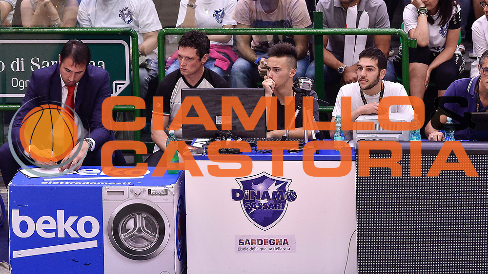DESCRIZIONE : Campionato 2014/15 Serie A Beko Dinamo Banco di Sardegna Sassari - Grissin Bon Reggio Emilia Finale Playoff Gara4<br /> GIOCATORE : Francesco Sardara<br /> CATEGORIA : Instant Replay<br /> SQUADRA : Dinamo Banco di Sardegna Sassari<br /> EVENTO : LegaBasket Serie A Beko 2014/2015<br /> GARA : Dinamo Banco di Sardegna Sassari - Grissin Bon Reggio Emilia Finale Playoff Gara4<br /> DATA : 20/06/2015<br /> SPORT : Pallacanestro <br /> AUTORE : Agenzia Ciamillo-Castoria/GiulioCiamillo