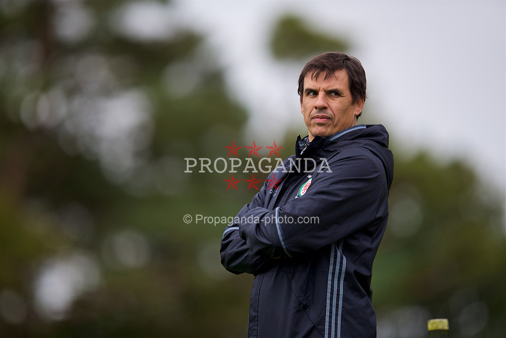CARDIFF, WALES - Wednesday, October 4, 2017: Wales' manager Chris Coleman during a training session at the Vale Resort ahead of the 2018 FIFA World Cup Qualifying Group D match against Georgia. (Pic by David Rawcliffe/Propaganda)