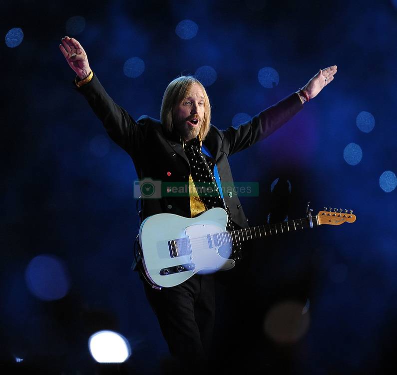 October 2, 2017 - TOM PETTY was found unconscious and not breathing in his Malibu home Sunday night after suffering a full cardiac arrest. The 66-year-old rock legend was rushed to UCLA Santa Monica Hospital, where later the decision was reportedly made to remove him from life support after it was found that he was lacking brain activity. PICTURED: Feb. 3, 2008 - Glendale, Arizona, U.S. - TOM PETTY and the Heartbeakers perform during the halftime show of Super Bowl XLII at University of Phoenix Stadium. (Credit Image: © Karl Mondon/MCT/ZUMAPRESS.com)