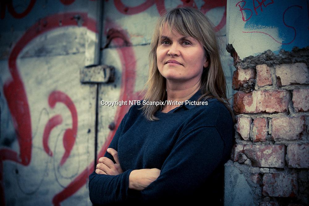 Oslo  20131009.<br /> Nina Lykke har skrevet romanen &quot;Oppl&macr;sningstendenser&quot;.<br /> Foto: Erlend Aas / NTB scanpix<br /> <br /> NTB Scanpix/Writer Pictures<br /> <br /> WORLD RIGHTS, DIRECT SALES ONLY, NO AGENCY