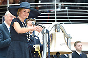 Koningin Maxima doopt het cruiseschip ms Koningsdam van Holland America Line in Rotterdam.<br /> <br /> Queen Maxima at the cruise ship ms Koningsdam Holland America Line in Rotterdanm for namen the ship.<br /> <br /> op de foto / On the photo:  Koningin Maxima doopt het cruiseschip ms Koningsdam //  Queen Maxima names the cruise ship ms Koningsdam