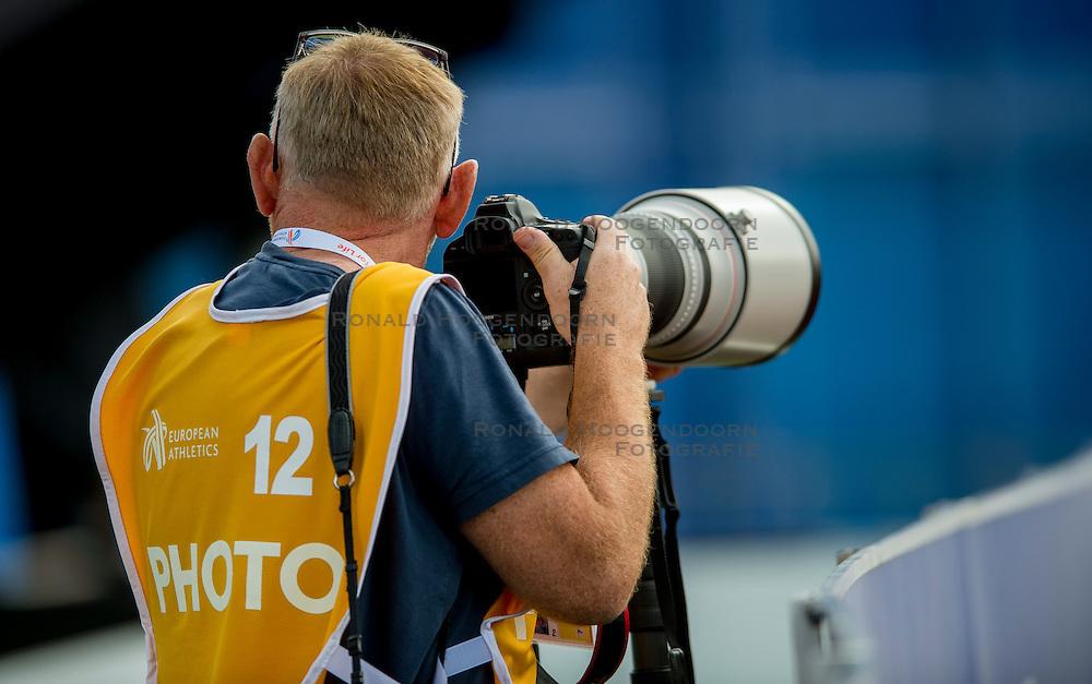 06-07-2016 NED: European Athletics Championships, Amsterdam<br /> Media pers, fotograaf Karel Delvoye