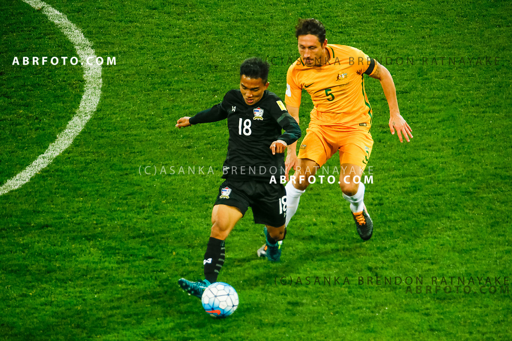 MELBOURNE, AUSTRALIA - SEPTEMBER 5 : Chanathip Songkrasin of Thailand controls the ball during the Stage 3 Group World Cup Football Qualifiers between Australia Vs Thailand at the Melbourne Rectangular Stadium, Melbourne, Australia 5 September 2017.