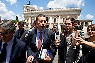Roma 7 Giugno2012<br /> Il candidato sindaco Ignazio Marino a piazza del Campidoglio