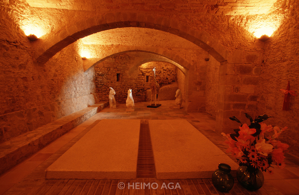 The castle Surrealist painter Salvador Dali had baught for his beloved wife Gala is now a Museum. This is the tomb in the basement that was supposed to contain both corpses, where Gala now rests alone. Dali himself is instead buried at his Museum in Figueres.