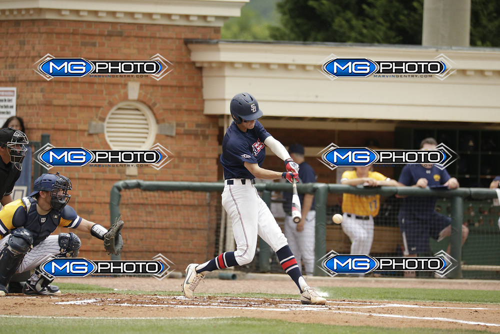 May 20, 2017; Homewood, AL, USA; Samford shortstop Branden Fryman (7) Samford Bulldogs vs UNCG during the at Joe Lee Griffin Field. Credit: Marvin Gentry