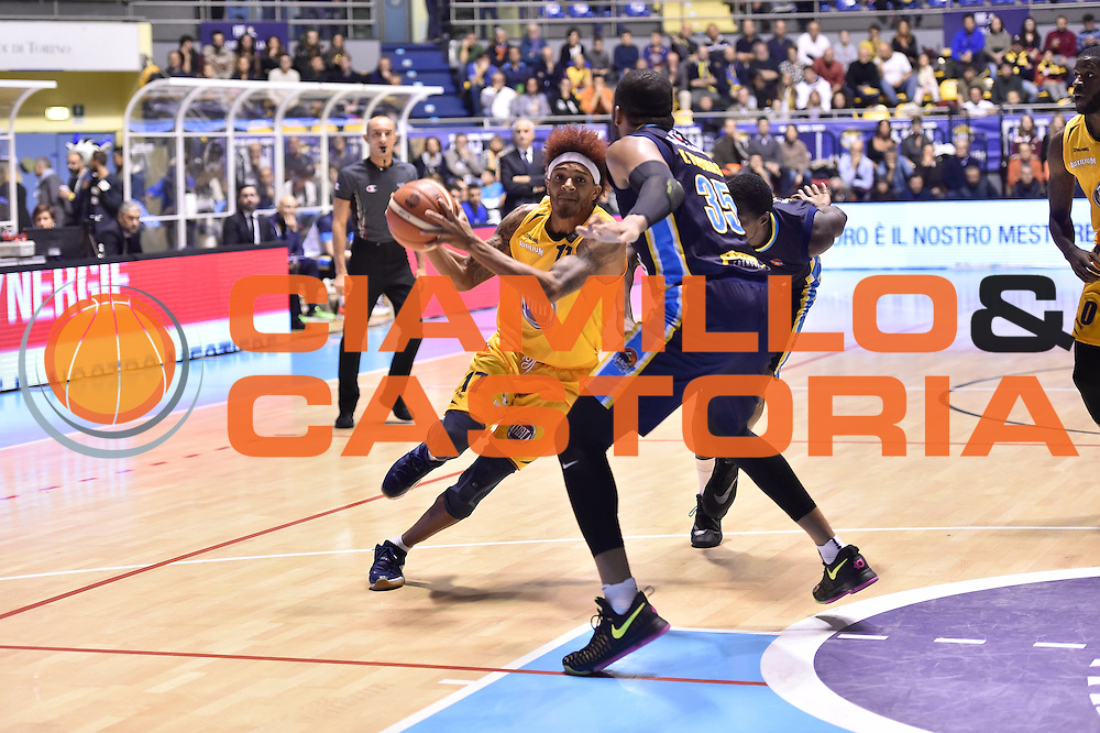 Washington Deron<br /> FIAT Torino - Vagoli Cremona<br /> Lega Basket Serie A 2016-2017<br /> Torino 23/10/2016<br /> Foto Ciamillo-Castoria