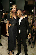 Amanda Brooks and Francisco Costa, Natalia Vodianova and Elle Macpherson host a dinner in honor of Francisco Costa (creative Director for women) and Italo Zucchelli (creative director for men)  of Calvin Klein. Locanda Locatelli, 8 Seymour St. London W1. ONE TIME USE ONLY - DO NOT ARCHIVE  © Copyright Photograph by Dafydd Jones 66 Stockwell Park Rd. London SW9 0DA Tel 020 7733 0108 www.dafjones.com