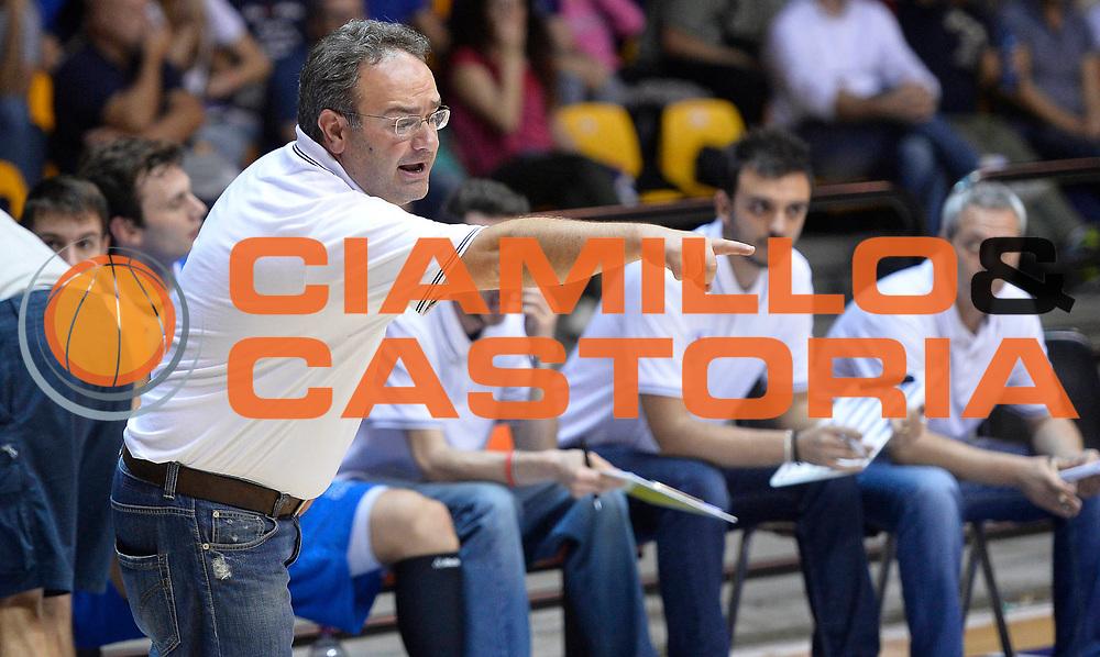 DESCRIZIONE : Desio Lega A 2013-14 Trofeo Lombardia EA7 Olimpia Milano-Lenovo Cantu'<br /> GIOCATORE : Stefano Sacripanti<br /> CATEGORIA : allenatore coach<br /> SQUADRA : Lenovo Cantu'<br /> EVENTO : Trofeo Lombardia<br /> GARA : EA7 Olimpia Milano-Lenovo Cantu'<br /> DATA : 29/09/2013<br /> SPORT : Pallacanestro <br /> AUTORE : Agenzia Ciamillo-Castoria/R.Morgano<br /> Galleria : Lega Basket A 2013-2014  <br /> Fotonotizia : Desio Lega A 2013-14 Trofeo Lombardia EA7 Olimpia Milano-Lenovo Cantu'<br /> Predefinita :