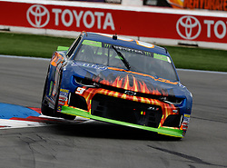 September 30, 2018 - Charlotte, NC, U.S. - CHARLOTTE, NC - SEPTEMBER 30: #9: Chase Elliott, Hendrick Motorsports, Chevrolet Camaro SunEnergy1 during the running of the Inagural Bank of America ROVAL 400 on Sunday September 30, 2018 at Charlotte Motor Speedway in Concord North Carolina  (Photo by Jeff Robinson/Icon Sportswire) (Credit Image: © Jeff Robinson/Icon SMI via ZUMA Press)