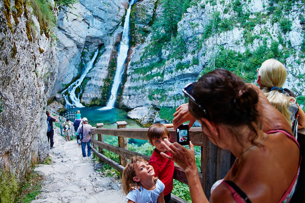 Slovenie, region de Gorenjska, Bohinj, parc national du Triglav, Bohinj, cascade de Savica// Slovenia, Gorenjska region, Triglav National Park, Bohinj, Savica waterfall