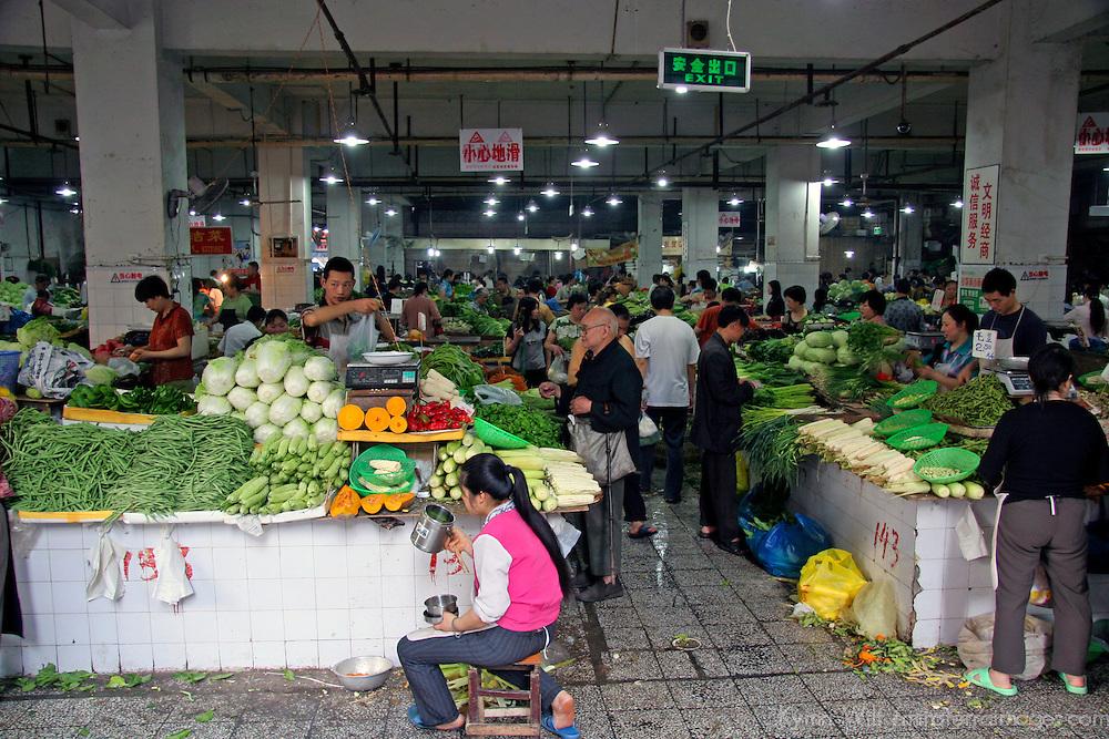 Asia, China, Chongqing. Local street market in the city of Chongqing.
