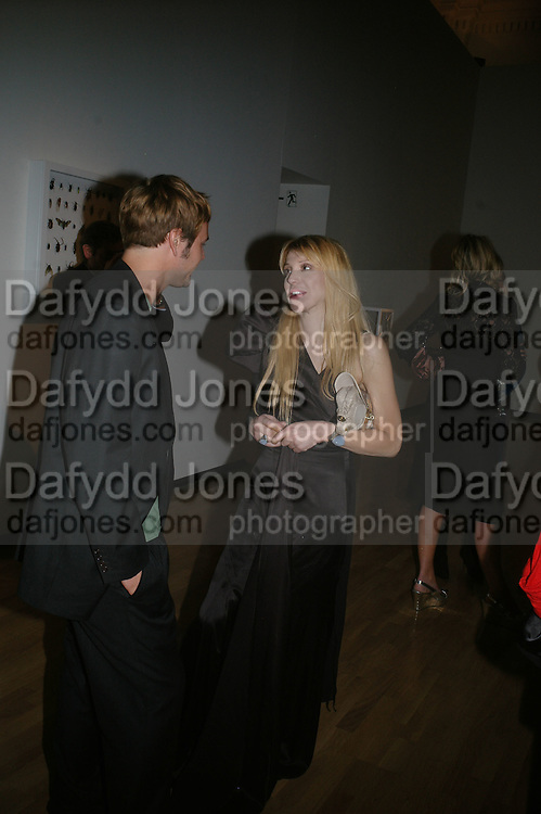 Courtney Love, ' Show Off' Theo Fennell exhibition co-hosted wit Vanity Fair. Royal Academy. Burlington Gdns. London. 27 September 2007. -DO NOT ARCHIVE-© Copyright Photograph by Dafydd Jones. 248 Clapham Rd. London SW9 0PZ. Tel 0207 820 0771. www.dafjones.com.