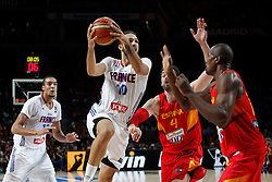 10.09.2014, Palacio de los deportes, Madrid, ESP, FIBA WM, Frankreich vs Spanien, Viertelfinale, im Bild Spain&acute;s Pau Gasol and Ibaka and France&acute;s Fournier and Gobert // during FIBA Basketball World Cup Spain 2014 Quarter-Final match between France and Spain at the Palacio de los deportes in Madrid, Spain on 2014/09/10. EXPA Pictures &copy; 2014, PhotoCredit: EXPA/ Alterphotos/ Victor Blanco<br /> <br /> *****ATTENTION - OUT of ESP, SUI*****