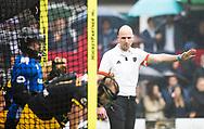 BILTHOVEN  - Hockey -  1e wedstrijd Play Offs dames. SCHC-Den Bosch (0-1). Scheidsrechter Jorrit Maakal  COPYRIGHT KOEN SUYK