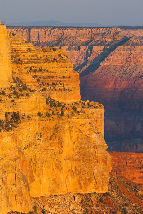 Sunrise on the Grand Canyon from Yavapai Point, Grand Canyon National Park Arizona