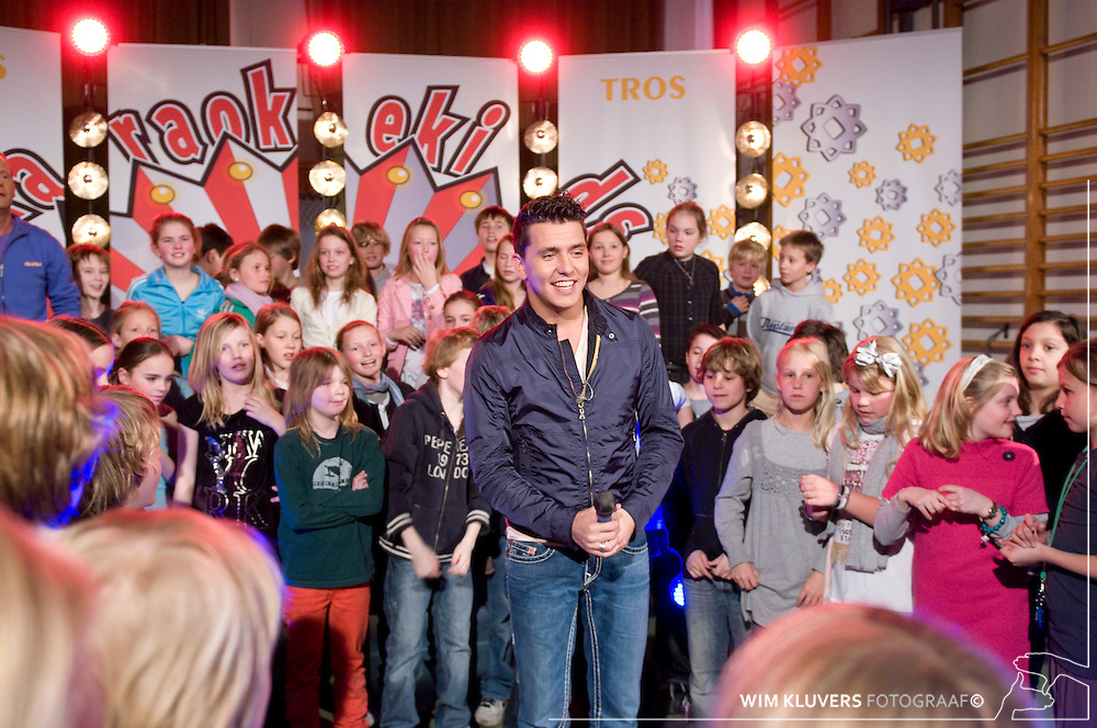 Hilversum 20100311.Tros Karaoke kids, Jan Smit, Ron Boshart