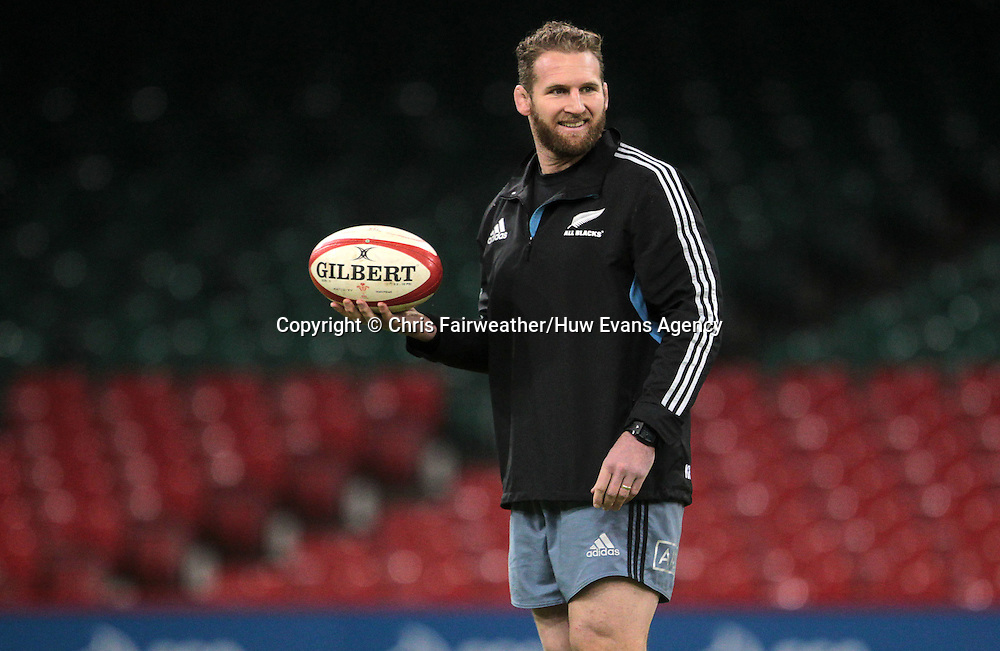 21.11.14 - New Zealand All Blacks Captains Run - Kieran Read during training.<br /> <br /> &copy; Huw Evans Picture Agency